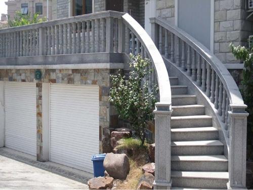 别墅阳台栏杆